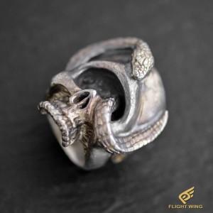 【NEW】Skull Snake Ring (#18) / Stop Light