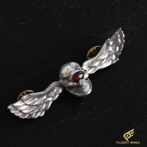 【NEW】Skull Wing Pins and Garnet Eye / Stop Light